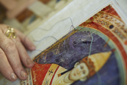 Stitiching-an-embroidery-magna-carta-cornelia-parker-british-library